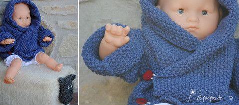 """Baby and toddler knit hooded sweater handmade in Italy by Atelier Faggi -  Maglioncino versione un pò vintage in un blu/viola con bottoni bordeaux... fatto a mano da """"à propos de..."""" Atelier Faggi."""