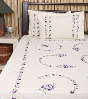 Off White Cotton Bed Cover With Pillow Covers