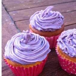 Vanille Frosting Topping für cupcakes und muffins by Allium on www.rezeptwelt.de