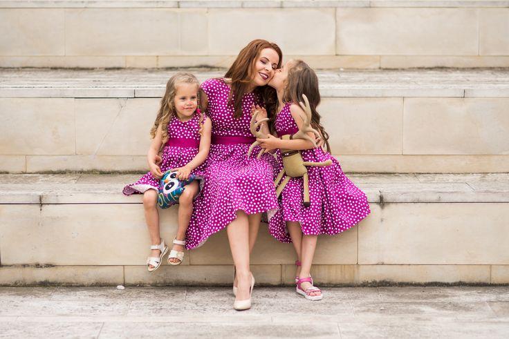 Rochite cu buline pentru mama si fetite fericite