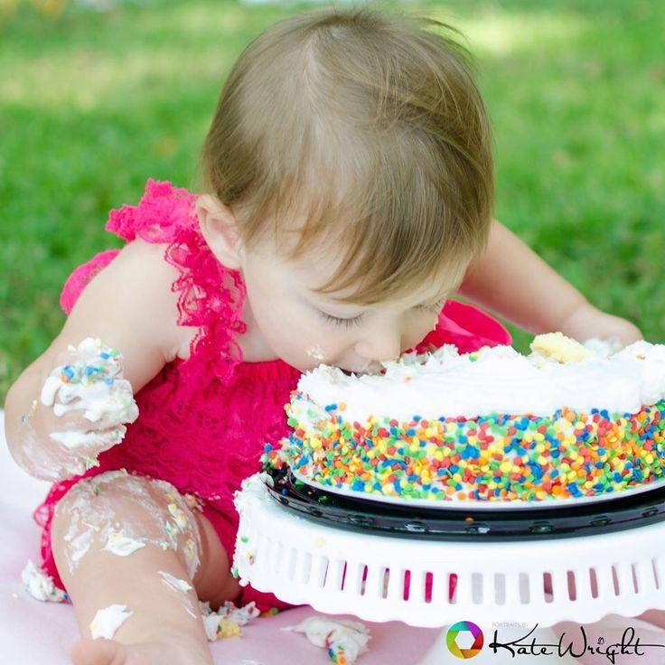 "Cake smash ""this cake is so good!!"""