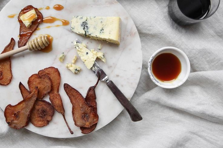 Eleanor Ozich Shares Her Recipe For Tasty Cinnamon Baked Pear Chips - Viva