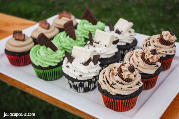 Candy Bar Cupcakes – 4 Ways | Recipe | Candy bars, Candy and Cupcake