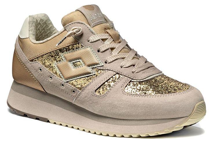 http://www.lottoleggenda.it/it/collezioni/donna/tokyo-wedge-w/suede-e-glitter/beige-almond-bronze-metal