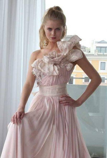ギャレリアコレクション(Galleria+Collection)+上品なピンクをベースにしたニュアンスカラードレス