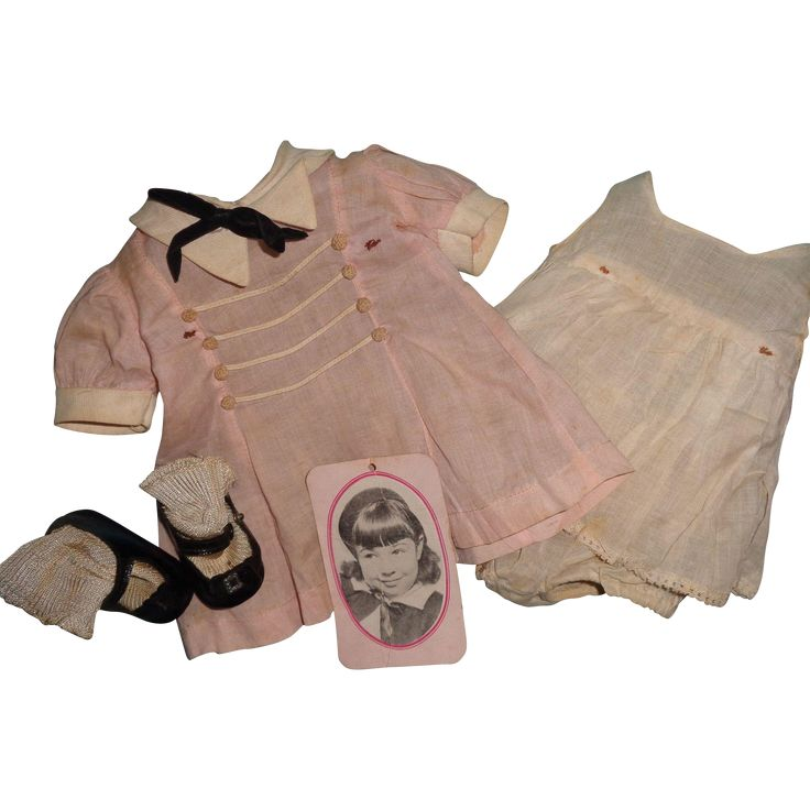 Layaway available. Being offered is an AUTHENTIC Madame Alexander JANE WITHERS COMPLETE TAGGED DRESS SET w/ ORIGINAL shoes PLUS ORIGINAL Cardboard