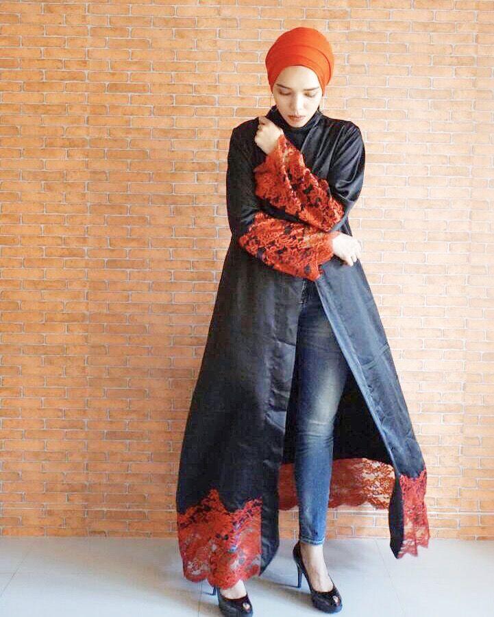Follow our instagram @rieras_outfit  #Abaya #MuslimFashion #HijabStyle #TurbanStyle #RierasOutfit #LongCardi #LongBlazer #Ootd