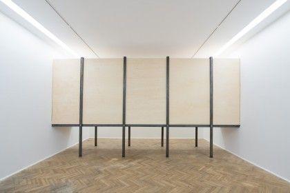 Miroslaw Balka, LUFZUG , 2014 Foksal Gallery