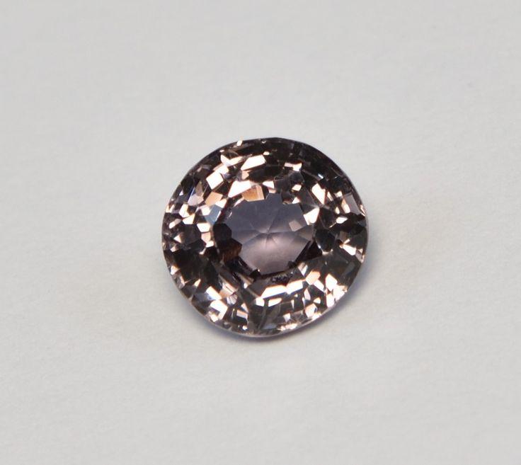 Grey Mogok Spinel 1.10 Carat   #spinel #greyspinel #grey #mogok #gemstones #gems