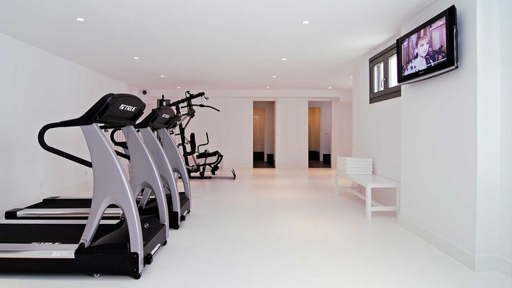 #Fitness room with all the requirement equipment! #LivingHealthy #Fit #