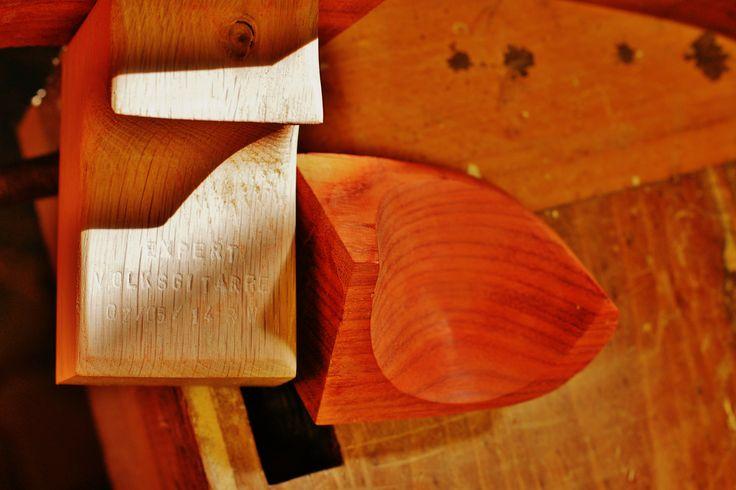 Cutaway-Schale (Padouk massiv) vor dem Verleimen