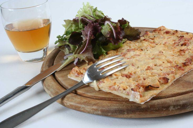 #recette : #flammenkuche au #fromage de #chevre et aux #lardons. #Soignon