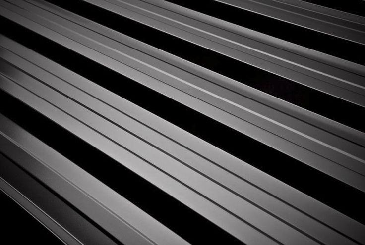 Blacha trapezowa T35 to najczęściej wybierane pokrycie dachowe w domach mieszkalnych, budynkach przemysłowych, halach sportowych, magazynach oraz obiektach handlowych.