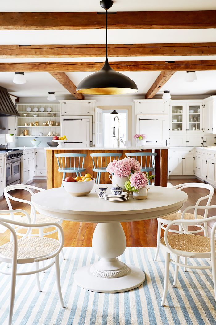 We toured the stunning Connecticut farmhouse of One Kings Lane's president Debbie Propst. Here are her best styling tricks.