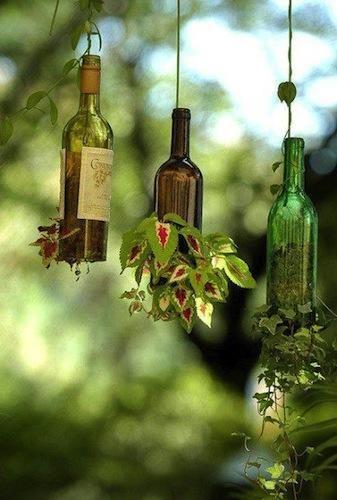 """La protección del medio ambiente lleva implícita las palabras """"reutilización"""" y """"reciclado"""". Los países industrializados son grandes productores de de..."""