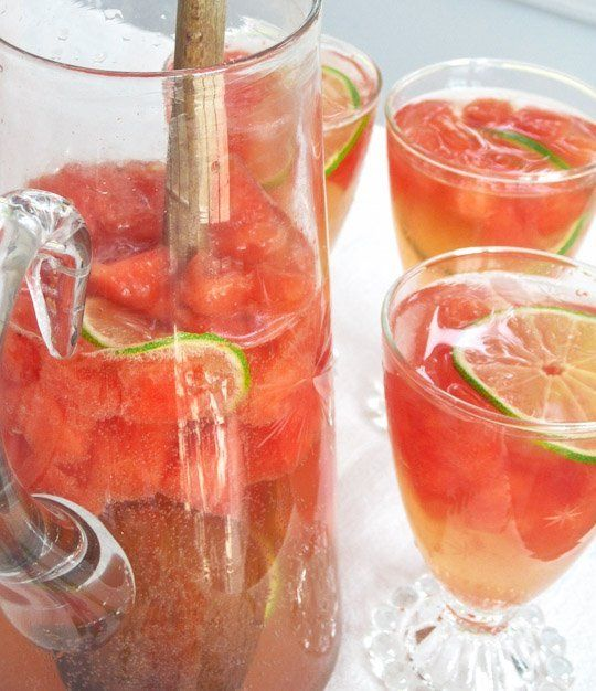 Sparkling Watermelon Sangria Recipe serves 4 to 6 4 cups watermelon, cubed and cold 3/4 cups dry white port, such as Churchill's 1 lime, sliced thin 750ml bottle Moscato, chilled* 3 cups lime seltzer water, chilled