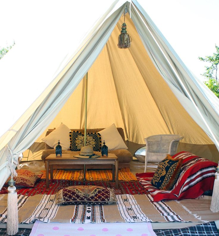 Perfect canvas tents for glamping! http://accordingtobrian.com/canvas_glamping_tents?=bigtents