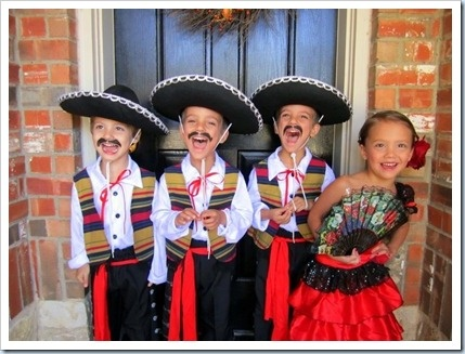steece mariachi band via steeces pieces holidays halloweenhalloween decorationshalloween costumesmexican fiestachicken - Mexican Themed Halloween Costumes