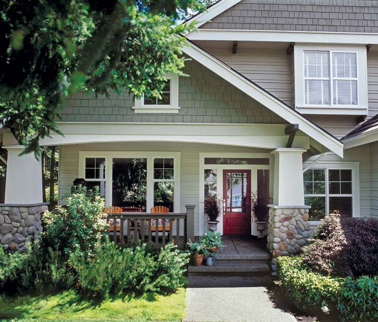 Best 25 bungalow porch ideas on pinterest bungalow for Bungalow porch columns