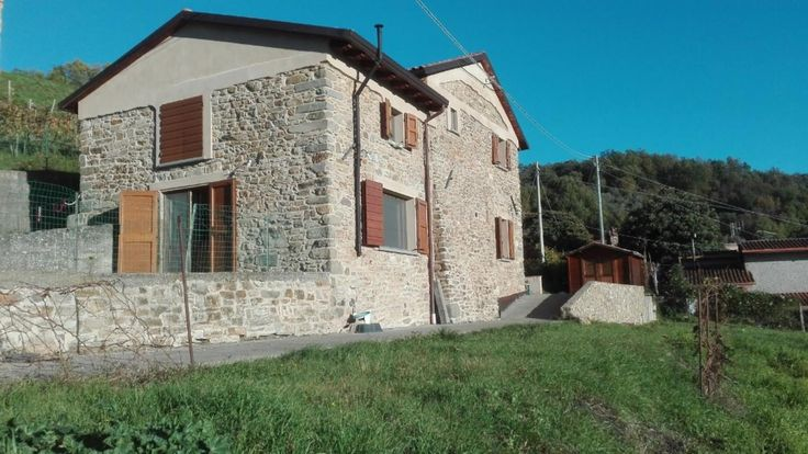 Restored stone country house with fantastic view Ref: 2085, Fivizzano, Tuscany. Italian holiday homes and investment property for sale.
