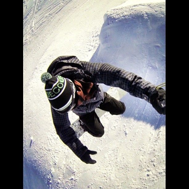 backside air #sinclairsnowseries #dcshoes #ridesnowboards #snow #cardrona