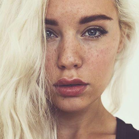 WEBSTA @ mirandahedman - Summer skin with freckles! Makeup tutorial is now up on…
