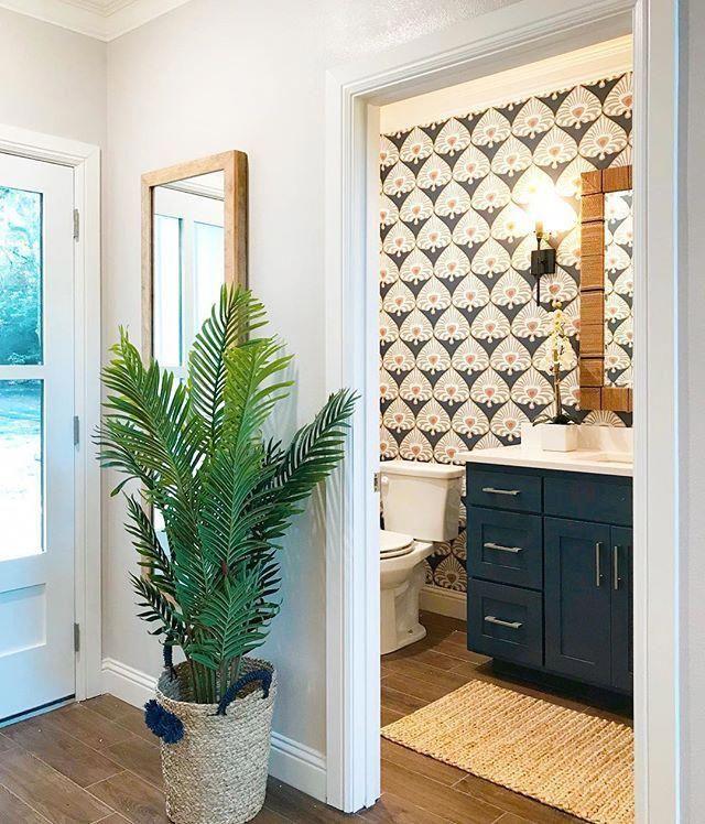 Palmetto Wallpaper Swatch Serena Lily Bathroomwallpaper Bathroom Wallpaper Trends Powder Room Wallpaper Bathroom Inspiration