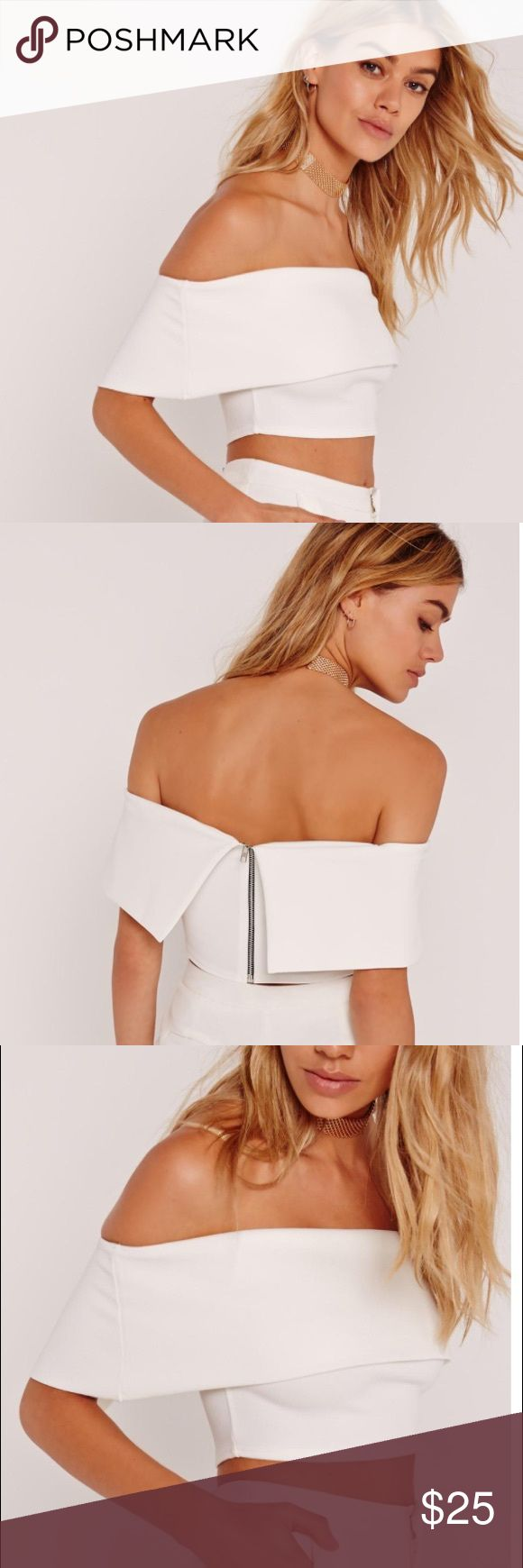 """Missguided Bardot Crop Top all white er-thang! this zip back beaut is the perfect mix and match piece for the weekend.  approx length 24cm/9.5"""" (based on a uk size 8 sample)   95% polyester 5% elastane Missguided Tops Crop Tops"""