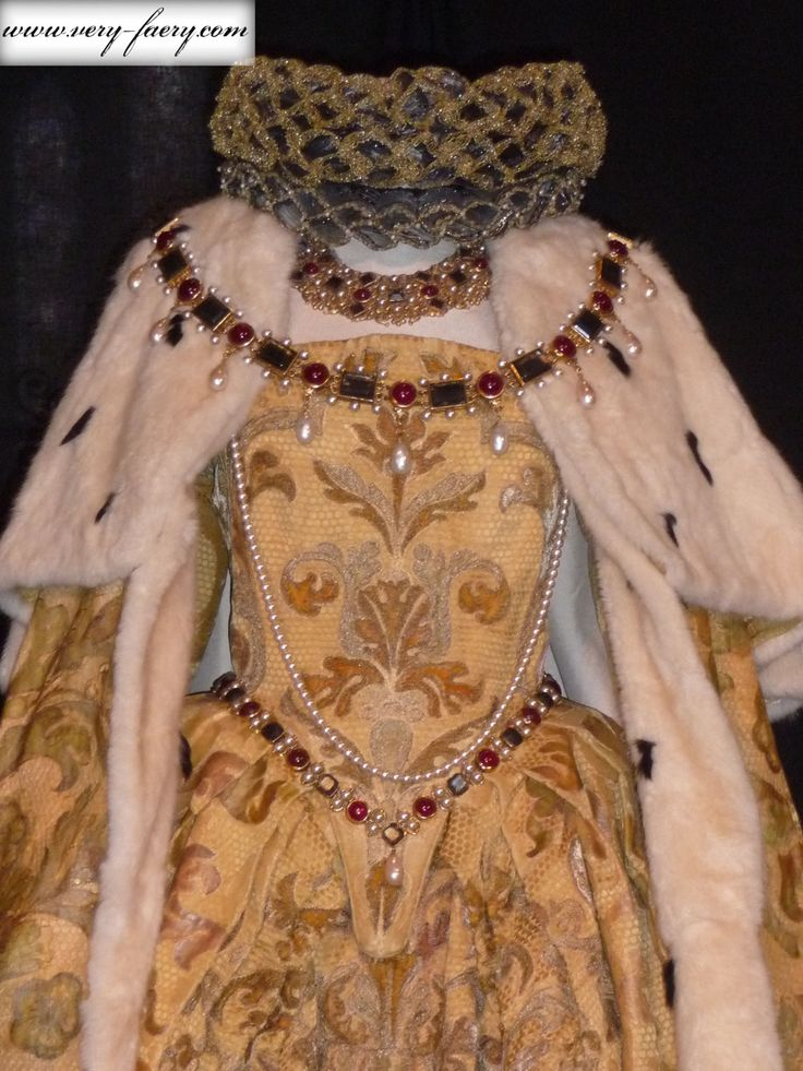 A glorious reproduction:  Elizabeth's Coronation Gown (Elizabeth, 1998).