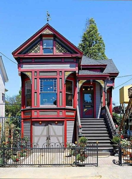 1000 Images About Houses On Pinterest Queen Anne A