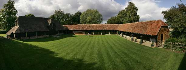 Lains Barn - A magnificent restored barn nestled in the beautiful Oxfordshire countryside, close to the ancient market town of Wantage, south of Oxford. Lains Barn wedding venue in Oxford, Oxfordshire