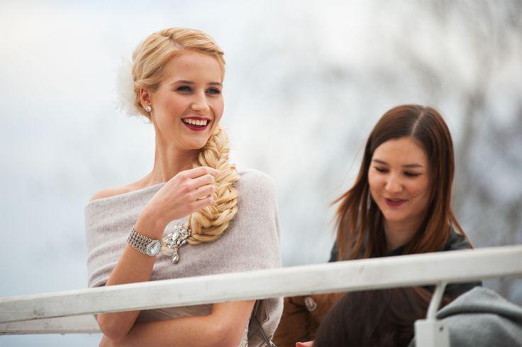 """Pracując nad """"Zimową bajką""""! ========================= #winterfairytale #backstage #workingonperdectlook #verawang #bride #totalbeauty #ilovemyjob #bemyvalentinepl #valentinaworking #pannamloda #konsultantslubny"""