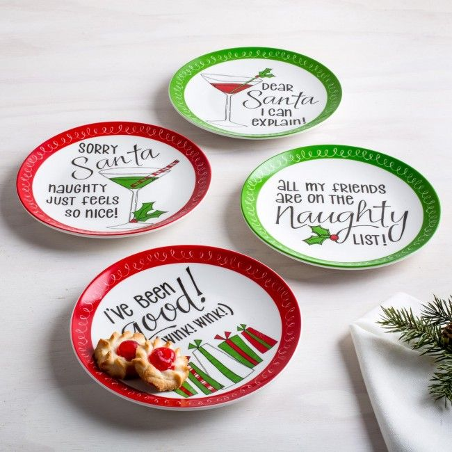 Not sure which one of Santa's lists you're on this year? This is the perfect set for you! These holiday side plates are perfect for setting your favourite baked treats or serving delicious dessert when guests are over.