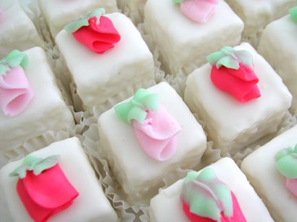 Pretty Rosebud Petit Fours