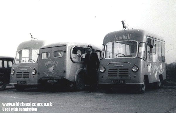 Classic ice cream vans - Photos and a book about Wall's vehicles etc