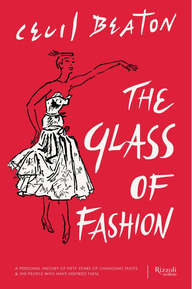 13 books that every fashion girl should read.