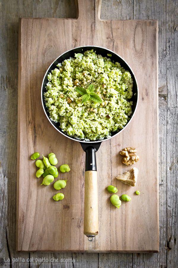 cous cous con pesto di fave fresche, noci, menta e semi di finocchio, ricetta primaverile e originale