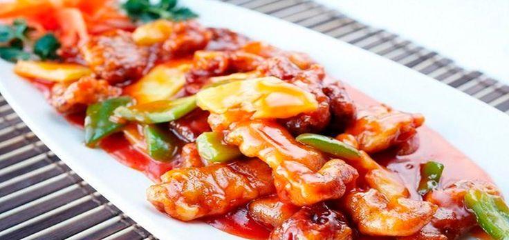 Мясо сладкое по-китайски с ананасами