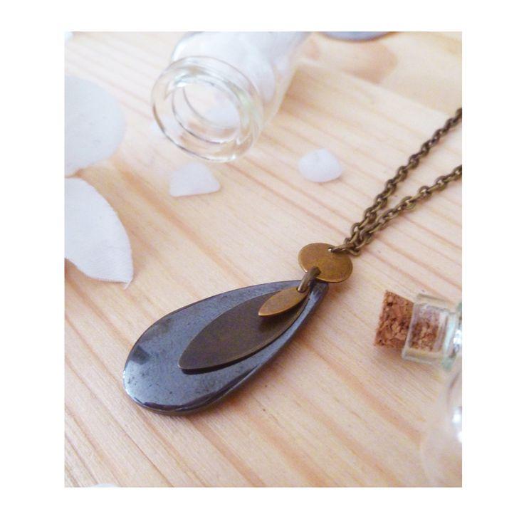 ▲ HEMATITE ▲Sautoir, pendentif sequins bronze & goutte pierre hématite ! : Collier par elora