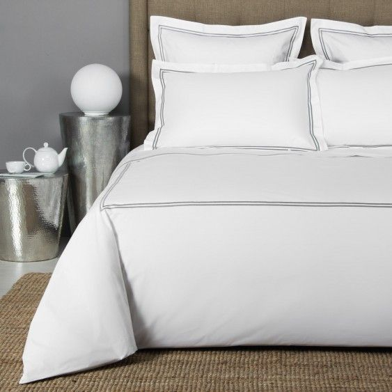 Hotel Classic Duvet Cover in White/Grey by Frette
