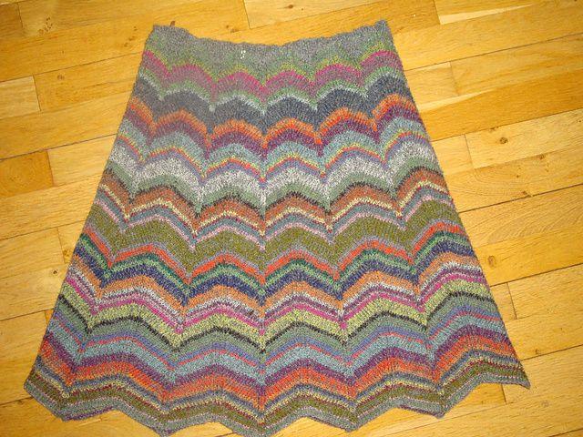 Ravelry: Løvfald (skirt) pattern by Annette Danielsen