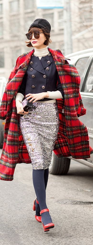 cute outfits with plaid coats 18