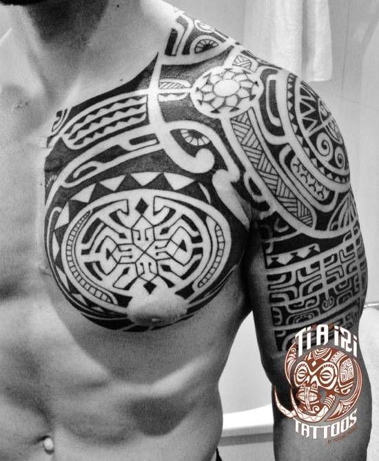 1000 ideas about tatouage maorie epaule on pinterest. Black Bedroom Furniture Sets. Home Design Ideas