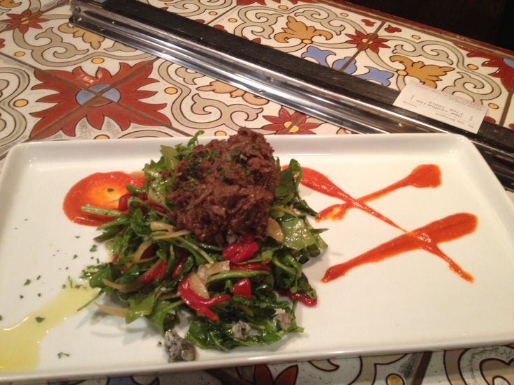 beef, with a salad of arugula, fennel and piquillos tossed in balsamic ...