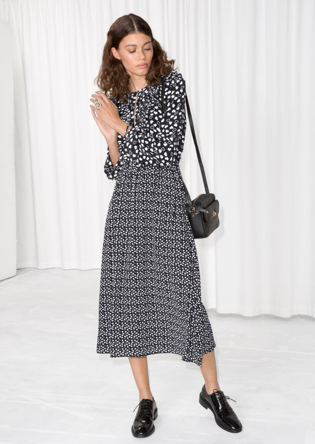 Other Stories Image 1 Of Heart Printed Midi Dress In Black White Heart Print Dress Printed Midi Dress Leopard Print Maxi Dress