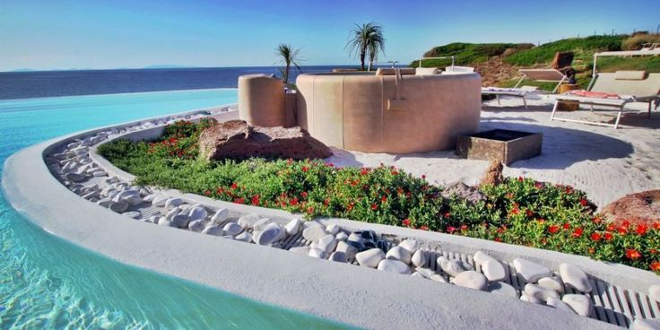 Dream Villa, luxury exclusive holiday villa in Sardinia - seafront and with all mod cons!
