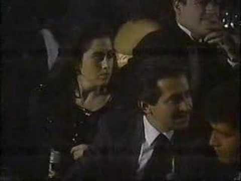 Luis Miguel junto a su padre en una entrega de premios