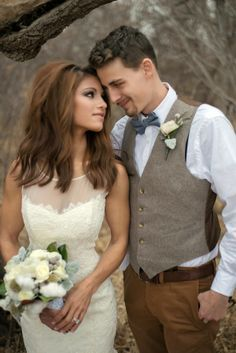 Neutral rustic themed wedding     The Frosted Petticoat