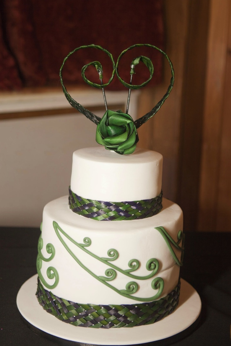 Flax koru cake topper with wide woven flax cake bands www.flaxation.co.nz