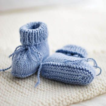 Stay-On Baby Booties Pattern